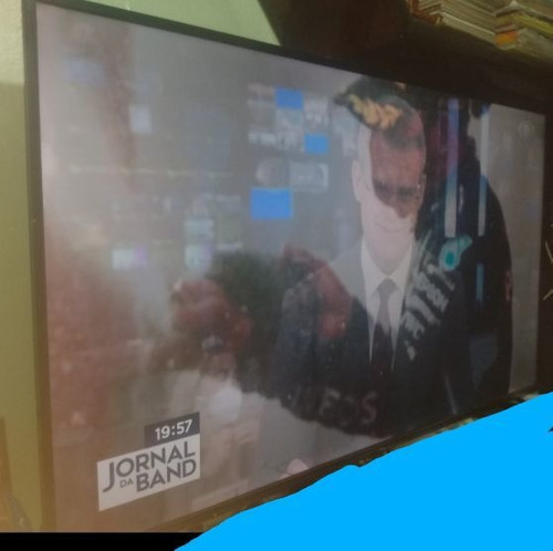 Tv 65 Polegadas, Novíssima, Ainda Na Garantia.