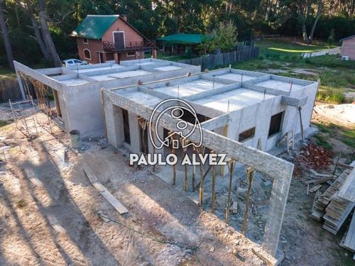 Casas Venta 2 Dormitorios Punta Colorada