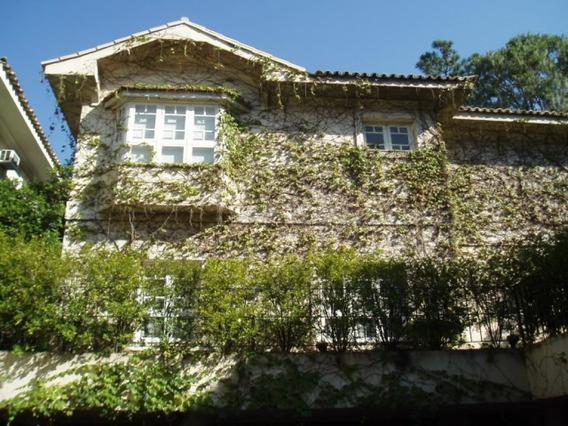 Casa Neoclassica Em Condomínio Fechado No Jardim Guedala - 353-im72223
