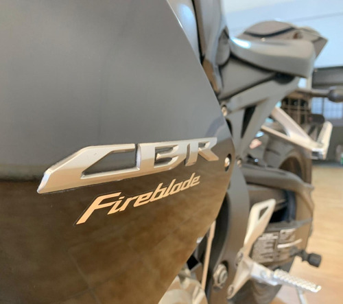 Imagen 1 de 8 de Honda Cbr 1000 Rr Fireblade
