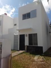 Casa En Renta En Cancun/villas Del Arte