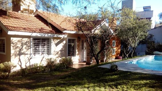 Casa / Cabaña Merlo San Luis Con Pileta Y Parque De 1800 M2