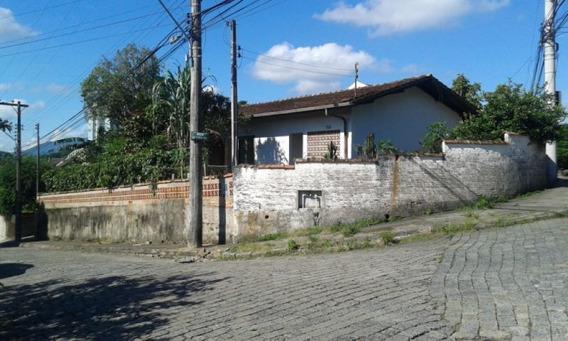 Casa No Bairro Escola Agrícola, Com 02 Dormitórios, 01 Vagas E Demais Dependências. - 3579595