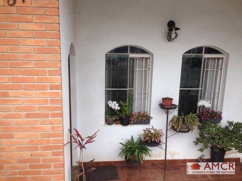 Excelente Casa No Sesc, 176 M², 3 Dormitórios, 1 Suíte, 4 Vagas, Piscina, Quintal Espaçoso Em Suzano! - Ca0120
