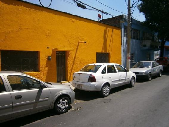 Amplio Local Comercial En Naucalpan Centro