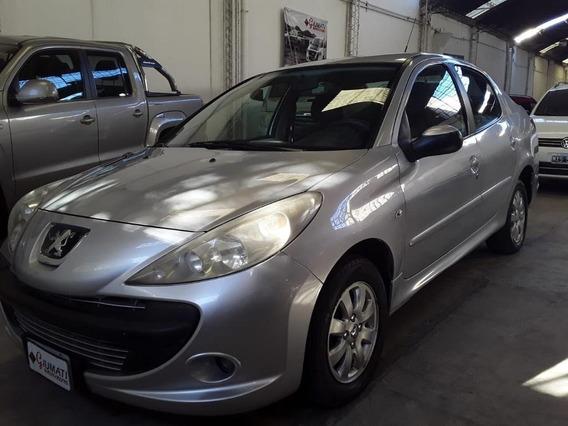 Peugeot 207 Compact 4 Ptas Xs 1.4 C/gnc.año 2011