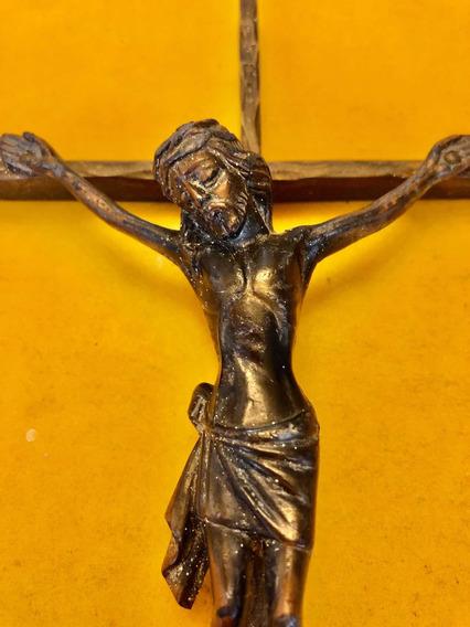 Antiguo Crucifijo De Bronce De Alemania Del Este