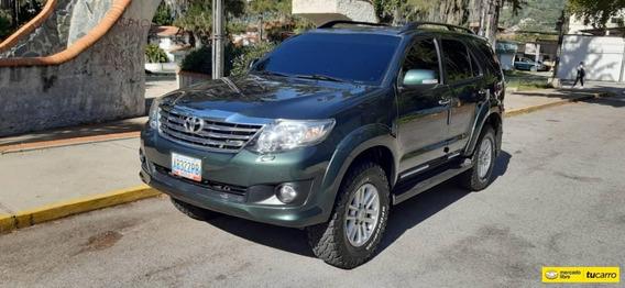 Toyota Fortuner Sr V6 4.0