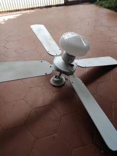 Ventilador De Techo Con Lampara Y De 3 Velocidades.