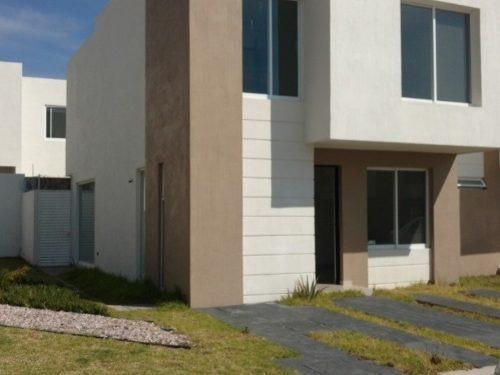 Casa Con Una Excelente Ubicación Al Nor Poniente De La Ciudad De Aguascalientes El Coto Cuenta Con A