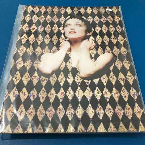 Tourbook Madonna Girlie Show