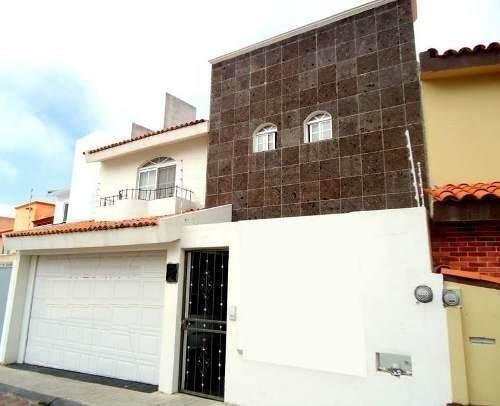 Preciosa Casa En Milenio Iii, Con Gran Ubicación, Ganela !!