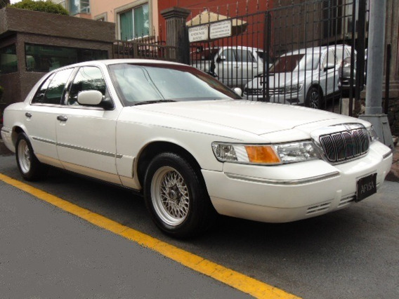 Ford Grand Marquis 2000 Ls Factura Original Impecable