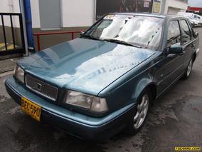 Volvo 460 Sedan