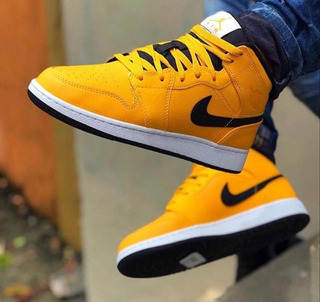 Tenis Nike Jordan Retro 1 One University Amarillo 2020