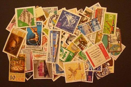 Lote Com 100 Selos Da Alemanha Oriental Ddr-usados