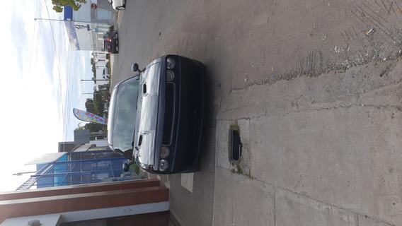 Challenger Rt5.7 V8