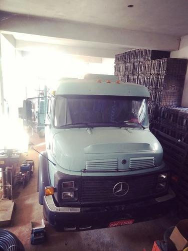 Mercedes Bens Truck 1114