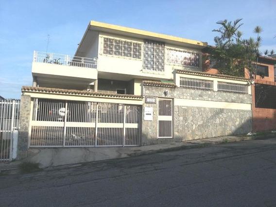 Casa En Venta El Marques Jf5 Mls19-2911