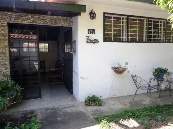 Casa En Venta. Mls #20-12384 Teresa Gimón