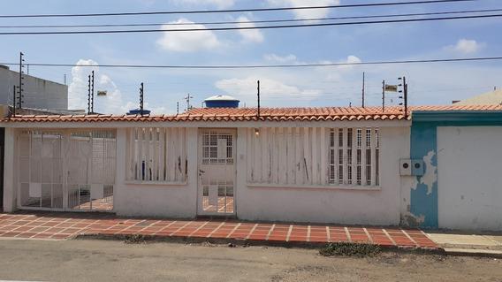 Casa En Alquiler Urb Mara Norte