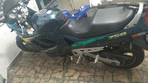 Imagem 1 de 5 de Suzuki  Gsxf750 96