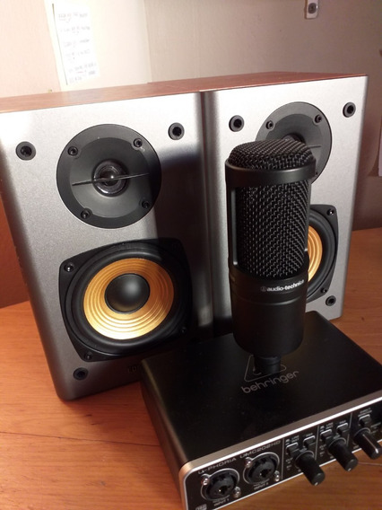 Behringer Umc 202 - Audio Technica At2020 - Edifier R1000t4