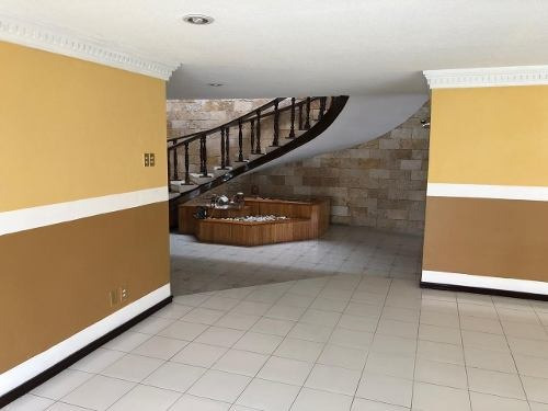 Casa Venta El Mirador, Cerca Av. 31 Y 39 Ote., Plaza Dorada