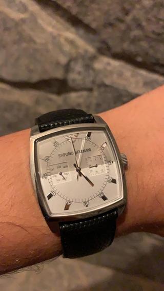 Relógio Social Empório Armani - Couro Preto