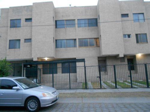 Departamento En Renta En Rinconada Santa Rita