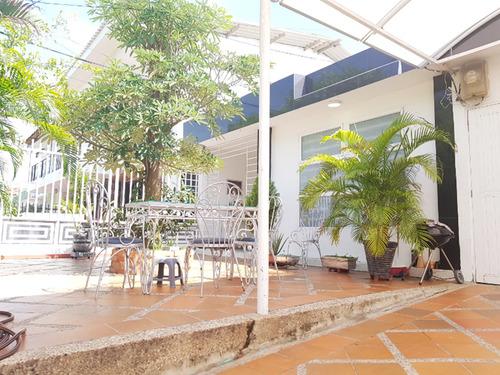 Casa En Venta En Barranquilla - Nogales