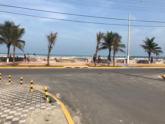Casa De Frente Para A Praia