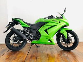 Kawasaki Ninja 250 2012 - Pneu Traseiro Novo
