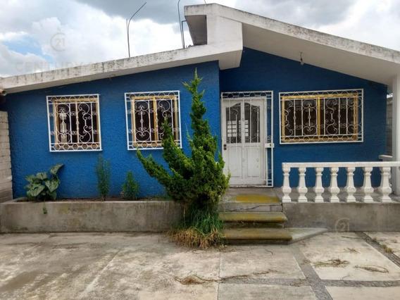 Casa En Venta En Santa María Totoltepec.