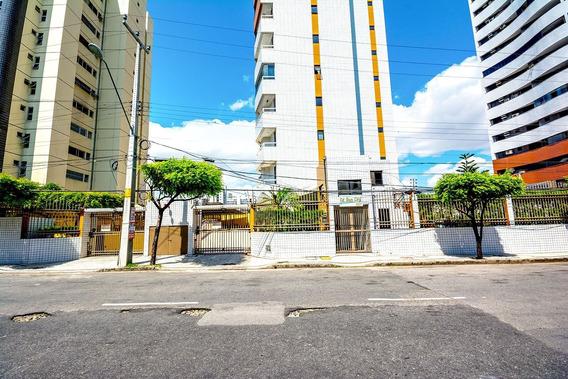 Apartamento Com 3 Quartos Na Varjota - 2 Vagas, Elevador