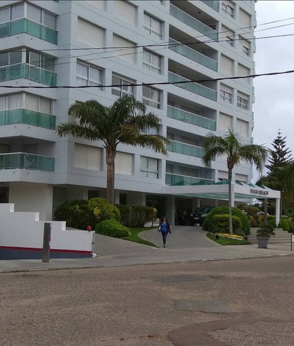 Imagen 1 de 13 de Edificio Palm Beach Complejo Imarangatu Parada 8 Categoria!!