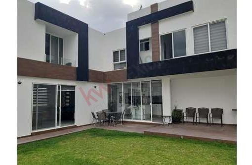 Casa Amplia Amueblada En Renta En Parque Nayarit Lomas De Angelopolis