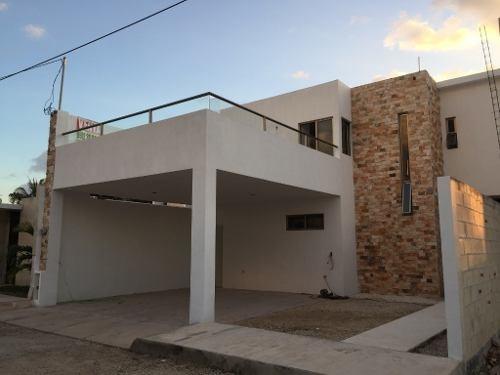 Casa A Estrenar En Colonia Nuevo Yucatán $2,950,000