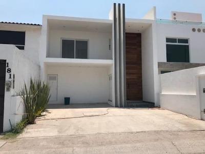 Casa Sola En Renta Fracc Valle De Juriquilla