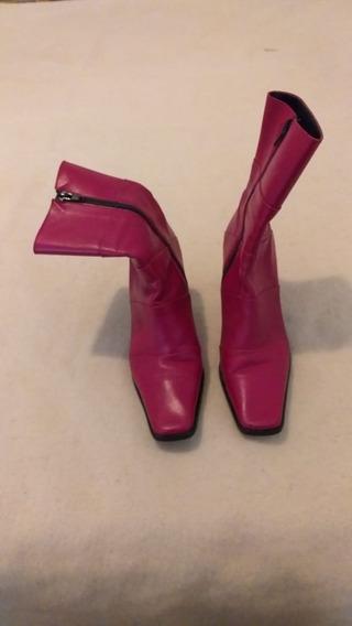 Botas De Mujer Color Rojo Media Caña