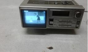 Mini Tv E Rádio Am/fm Quartz Clock Sanyo Tpm 2100