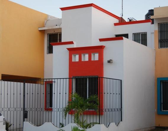 Hermosa Casa En Fraccionamiento En Manzanillo Colima