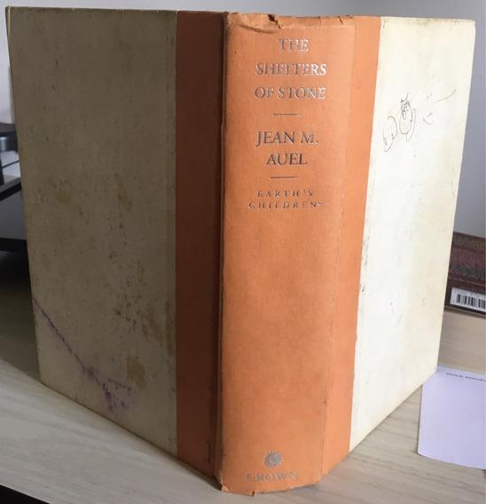 Livro: The Shelters Of Stone - Jean M. Auel - Ótimo Estado