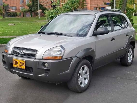 Hyundai Tucson - Diesel - 2000 Cc - 4x2
