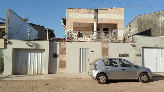 Casa Com 1 Quarto, Próximo Avenida Godofredo Maciel