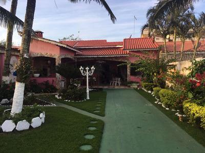 Mais Que Lindíssima Casa A 40mts Da Praia E Toda Avarandada!