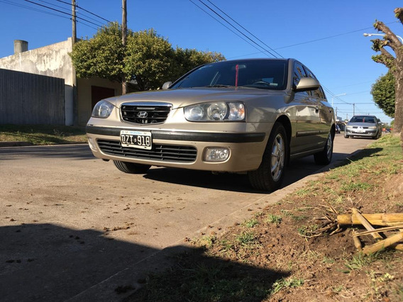 Hyundai Elantra 1.8 Gls 2002