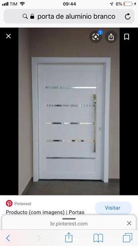 Imagem 1 de 5 de Portas E Portões Automatizados