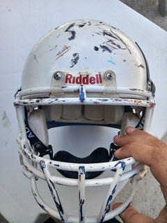 Futebol Americano Helmet E Sholder