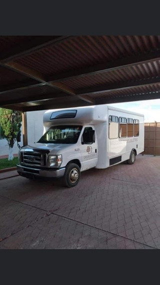 Ford 2009 F450 3 Puertas